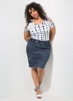 Bare Shoulders Top With Acid Wash Denim Skirt Outfit