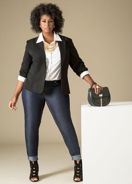 Workwear Outfit Black Tailored Blazer Dark Wash Jeans