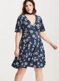 Plus Size Floral Print V Neck Flutter Sleeve Dress