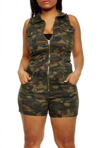 Plus Size Camouflage Zip Front RomperPlus Size Camouflage Zip Front Romper